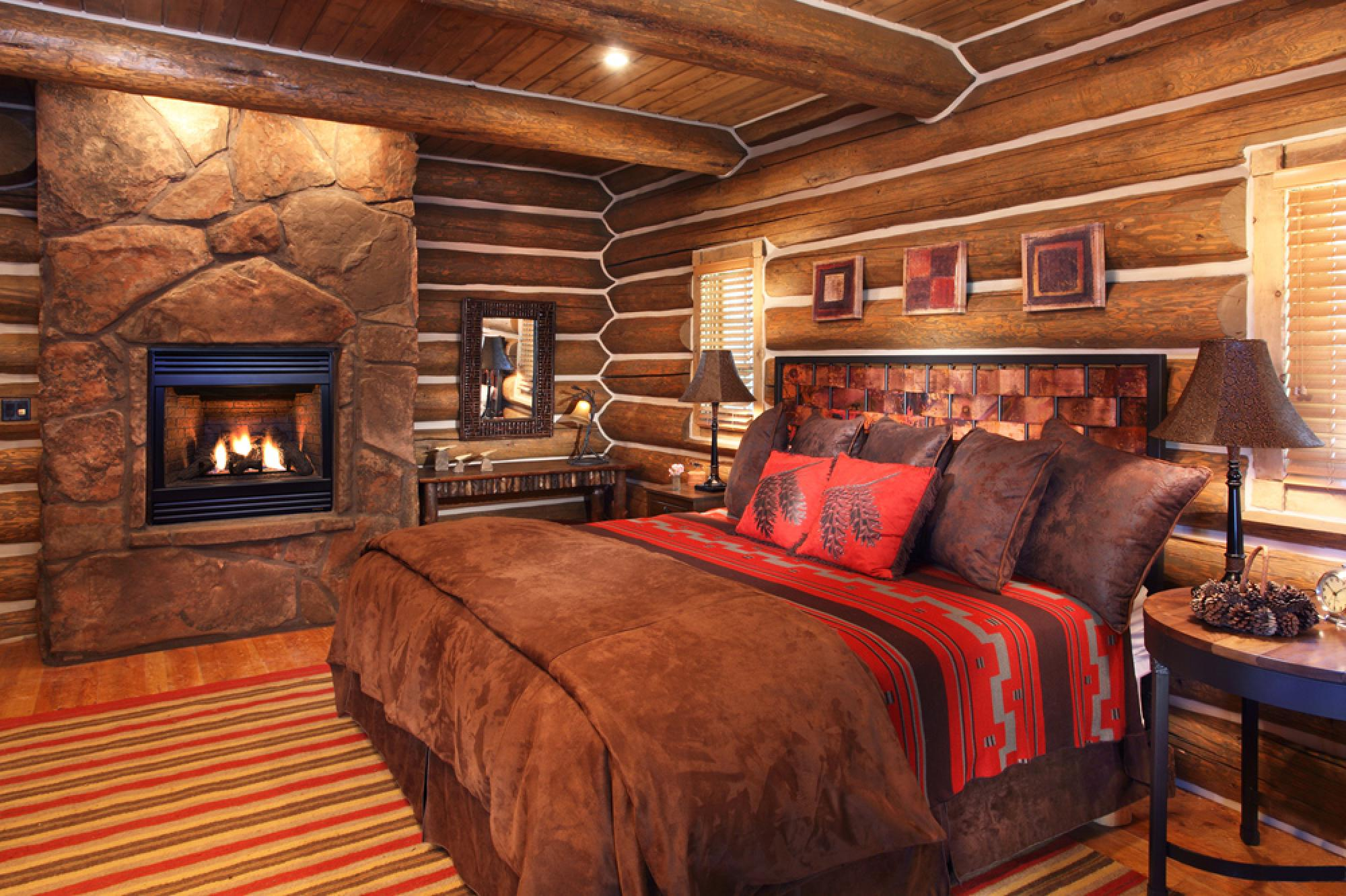 Woodland Cabin Master Suite